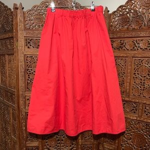 Everlane size medium coral red skirt with pockets!